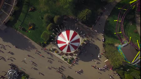 карусель : Aerial View of Classic Carousel in Amusement Park