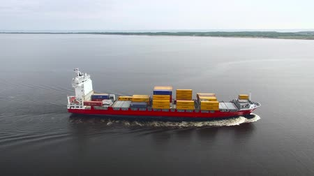 obchody : Aerial view of container ship in the sea
