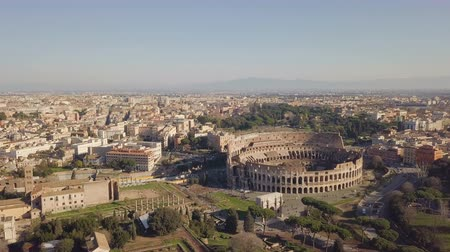 Aerial view of Colosseum Vídeos
