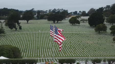gün : Memorial Day observance at Golden Gate National Cemetery in San Bruno, California.