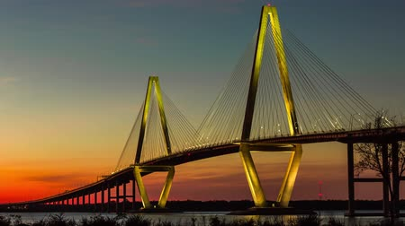 mosty : Timelapse of Arthur Ravenel Jr. Bridge in Charleston, SC at twilight