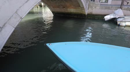 venedig : Blaues Boot, Kanal in Venedig, Italien Videos