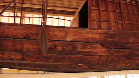 muzeum : Khufu ship. Full-size vessel from Ancient Egypt Wideo