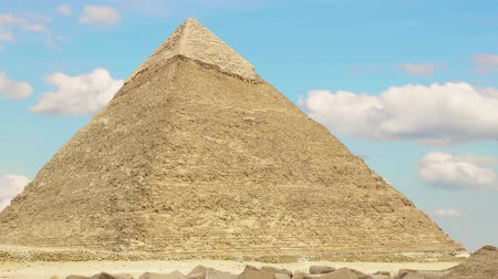 piramit : Pyramid of Khufu. Zoom. Cairo. Egypt. v.2 Stok Video