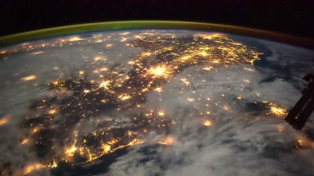 földgolyó : Planet Earth at night seen from the ISS Stock mozgókép