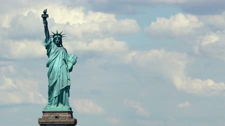 rzeźba : The Statue of Liberty, Clouds Time Lapse. Wideo