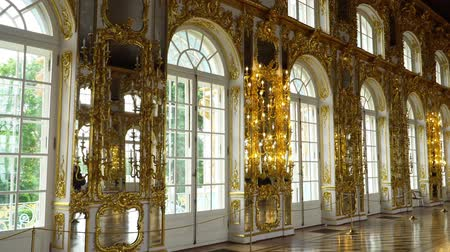 замок : St. Petersburg, Tsarskoe Selo, Russia, June 2018: Interior of Catherine Palace in Catherine park in Tsarskoe Selo near Saint Petersburg, Russia.