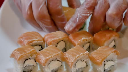 нигири : Fresh sushi spread on a plate. Стоковые видеозаписи