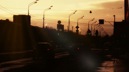 aydınlatmalı : St. Petersburg Russia sunset road. Backlit. Stok Video