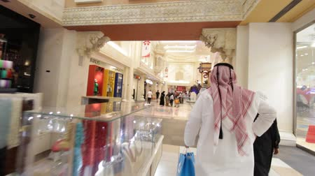 эмираты : Dubai Ibn Battuta Mall, United Arab Emirates Стоковые видеозаписи