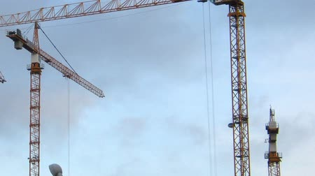 grua : working construction cranes - timelapse