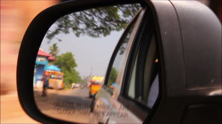 auto estrada : rearview mirror - driving in India