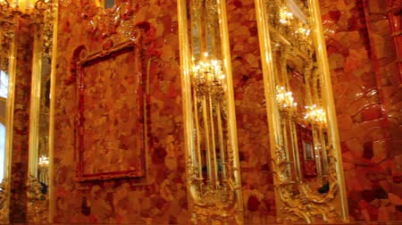 музей : amber room in Catherine Palace - Pushkin St. Petersburg Russia