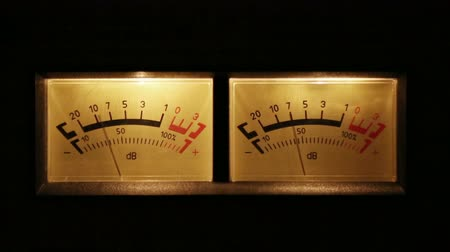 oŚwietlenie : stereo decibel meters with backlit - part of sound equipment