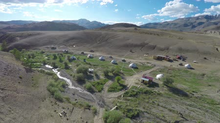 moğolistan : flight over nomadic yurt camp in Altay mountains