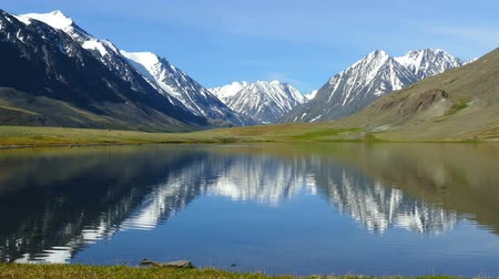 peak : mountain landscape with lake in Altay, Russia Stock Footage
