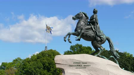 senate and the synod : SAINT-PETERSBURG, RUSSIA - AUGUST 15, 2015: Peter I famous statue in St. Petersburg Russia - The Bronze Horseman, zoom timelapse