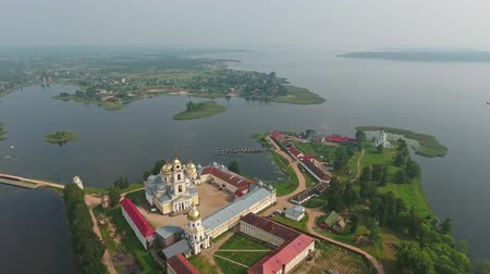 nil : Aerial view on Nilo-Stolobensky (Nil) deserts - Orthodox monastery and the lake Seliger, Tver region, Russia Stok Video