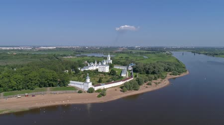 ortodoxia : Aerial view on St. George (Yuriev) Orthodox Male Monastery in Veliky Novgorod, Russia, 4k