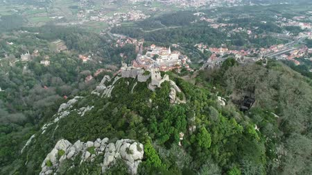 mór : Aerial view of Castelo dos Mouros or Moorish Castle (Moors), Sintra, Portugal, 4k
