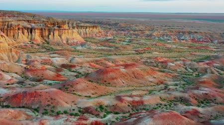 плато : Textural colorful striped canyons Tsagaan suvarga