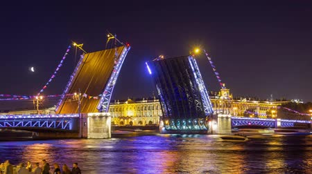 winter palace : Drawn Palace bridge in St. Petersburg at night