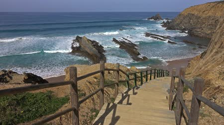 ведущий : Stairs to beach on Algarve Coast in Portugal