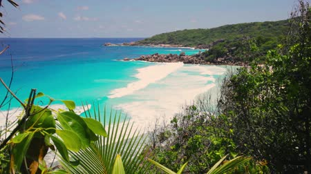 Seascape view with a huge stones, Seychelles, La Digue island Anse petit. Stock Footage