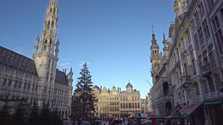 bruxelas : Belgium December 2018. Christmas square Grand-Place in Brussels