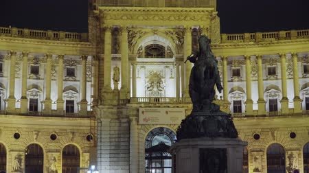 hofburg : Hofburg Imperial Palace in Vienna at night. Austria September 2019 Stock Footage