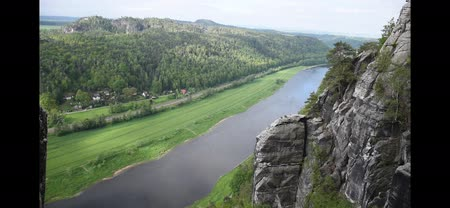 bastião : River Elba in Saxon Switzerland, top view, near Bastei Bridge. Sachsen, Germany Vídeos