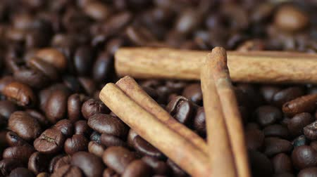 restaurante : Closeup of coffee beans Anise and cinnamon sticks