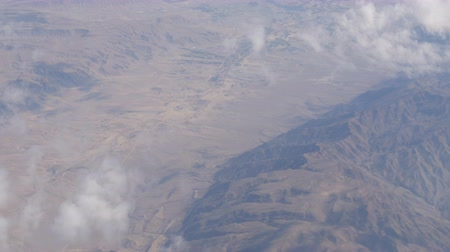 stratosféra : Mountain desert landscape, top view from airplane