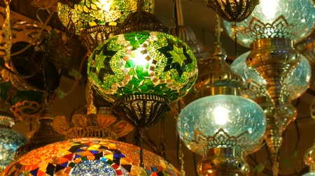 hanglamp : Multi-colored Turkish mosaic lamps on ceiling market in the famous Grand Bazaar in Istanbul, Turkey