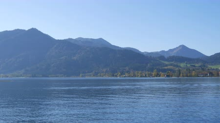 bavorské : Lake Tegernsee in autumn. The lake is one of the cleanest lakes in Bavaria and is popular tourist destination.