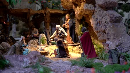 bölcs : Cuenca, Ecuador - January 3, 2019 - Largest animated nativity scene in South America. Magi arrive to praise Jesus.