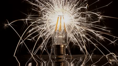 criar : Sparkler Behind LED Light Bulb - Fast Long Sparks