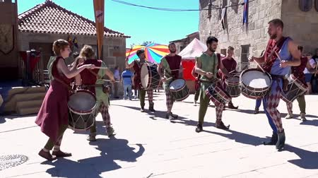percussão : Penedono, Portugal - 20170701 - Medieval Fair  -  Drum Corp Dances w - Sound