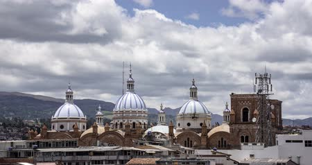 çatı : Cuenca, Ecuador - September 20, 2018 - Time Lapse - New Cathedral Domes With Clouds Flying By