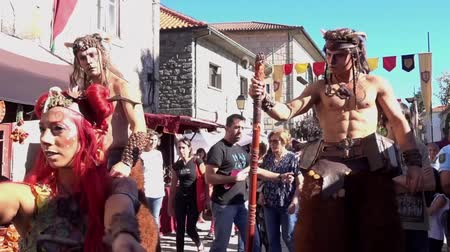 nimf : Penedono, Portugal - 20170701 - Medieval Fair  -  Nymph Dances with Satyrs Stockvideo