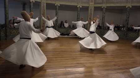 isztambul : Whirling Dervish Demonstration Dancers Second Act