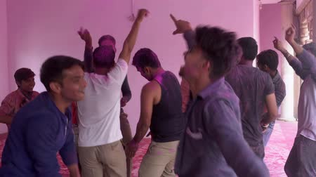 가루 : Barsana, India - 201802242 -  Holi Festival  -  Chaos  -  Men Dance By Jumping Around