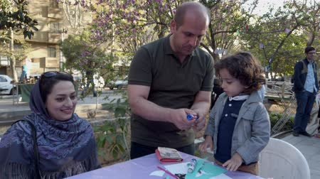 organizar : Teherán, Irán - 2019-04-03 - Street Fair Entertainment 10 - Children Craft Table 2.