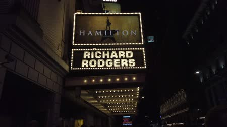 объявлять : New York City, New York - 2019-05-08 - Broadway 1 Hamilton Theater Marquee.