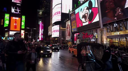 tijden : New York City, New York - 08-05-2019 - Times Square Night 3 - Pedaaltaxi.