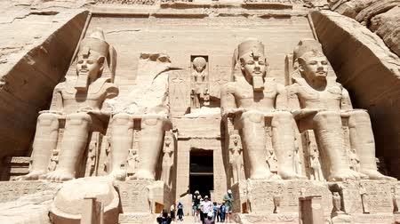 nasser : Aswan, Egypt - 2019-04-28 - Philae Temple - Approaching The Entrance Guarded By Giant Statues. Stock Footage
