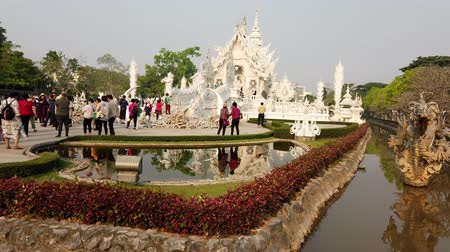 sztúpa : Chiang Rae, Thailand - 2019-03-13 - White Temple - Reflecting Pool and Main Building.