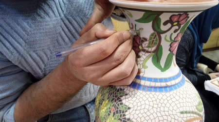 세라믹 : Petra, Jordan - 2019-04-20 - Mosaic 6 - Artists Carves Decorations on Vase. 무비클립