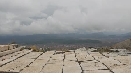 archeologie : The archaeological site of Sagalassos is located in southwest Turkey, in Burdur province. Dostupné videozáznamy