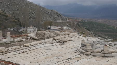 再建 : The archaeological site of Sagalassos is located in southwest Turkey, in Burdur province. Agora place